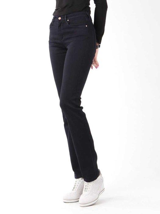 Jeansy Wrangler True Blue Slim W27GBV79B